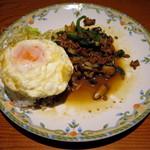 クワンチャイ - 奥丹波鶏タイバジル炒めセット(税別\980、2015年2月)
