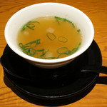 クワンチャイ - 奥丹波鶏タイバジル炒めセット(スープ、2015年2月)