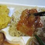 デリマシェリ - 白酢豚は甘酢を使ってさっぱり感のある酢豚に仕上がってました。