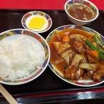 36887948 - 酢豚定食!