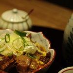 池の屋 - モツ煮と日本酒