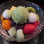 六本木 福鮨 - 『白玉クリームあんみつ』フルーツたっぷりです。
