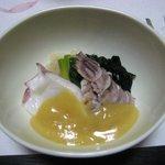 旬味酒菜 中鉢  - タコとシャコの酢味噌和え