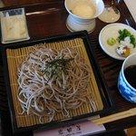 岩田屋 - 料理写真:ざるそば¥800