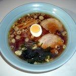 ラーメン亭 - スープ、麺、チャーシュー、すべてこだわりの自家製です。