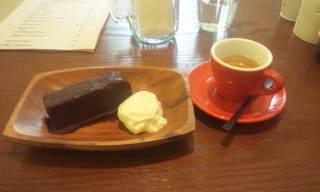 MARNIE'S COFFEE&CAFE