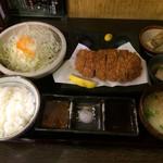 黒かつ亭 - 上ロースかつ定食1,685円