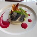 ラ ヴォワール - 魚のポワレ