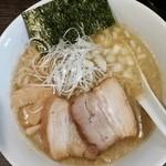 自家製麺 ほうきぼし - 鶏煮干ラーメン