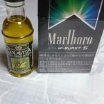 石釜パン工房 Bon Pana - オリーブオイル ¥65  (大きさ比較でタバコと並べてみました)