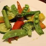 琴似バル - 野菜のローストバジルソース 500円