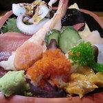 割烹 寿司魚かね - ちらし寿司
