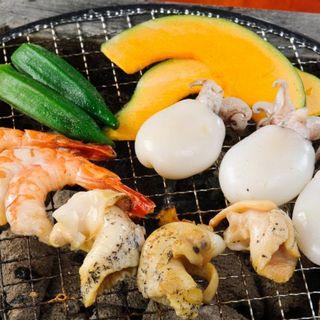 """""""安安""""は鶏肉・豚肉・ホルモン・海鮮・焼き野菜と豊富です♪"""