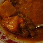 シッダールタ - 料理写真:ベジタブルカレーは野菜たっぷりです