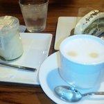 3695949 - Doppoの抹茶ロールケーキセット