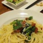 3695950 - Doppoのドライトマトと菜の花のアーリオオーリオ