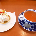 ホーム・スイート・ホーム野神店 - 料理写真:苺のムラングシャンティとダージリン