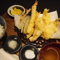 スギノタマ - スギノタマ定食