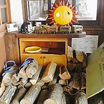 Red wood Inn - ストーブ用の薪