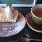 スマイルファームキッチン - シフォンケーキと有機ウーロン茶