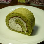 日新堂 - 料理写真:抹茶のロールケーキ