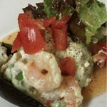 ファットマム - 海老とアボカドのサラダ仕立て