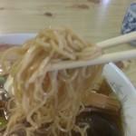 泉屋食堂 - 五目ラーメン、麺上げ!