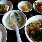興隆 - ニラ玉炒め