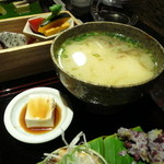 沖縄懐石 赤坂潭亭 - ゆし豆腐とじーまみー豆腐
