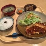 リキハウス - 料理写真:日替りランチ  豚肉のピカタ。おいしく頂きました (*´ڡ`●)