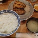 季節料理 三味 - サバ塩焼き 750円