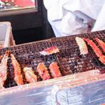 かに道楽 - 料理写真:ガンガン焼いてます☆