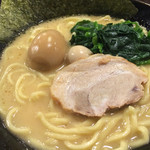 壱角家 - 味玉ラーメン(830円)