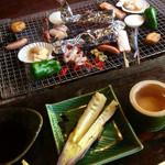 竹仙郷 - 炭で焼いて頂きます