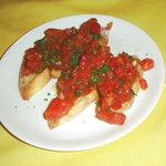 ラガッツォ - 完熟トマトのブルケスタ