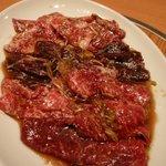 炭火焼肉 ソウル - 料理写真:ロース、ハラミ、カルビ(タレ)