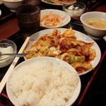 一番餃子 - ホイコーロー定食