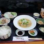 ひさご庵 - 料理写真:しばらくして運ばれて来た日替わり御膳はとても1000円とは思えない立派な御膳でした。