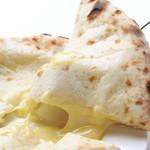 スワガット - 絶品!とろとろ♪チーズがたっぷり。冷めても美味しいチーズクルチャ