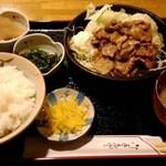 じゃむす - 豚の生姜焼きセット(850円)