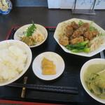 火山 - サービス定食