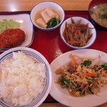 神戸長田南食堂 - 料理写真:組み合わせ例