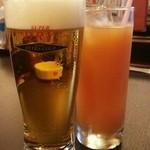 37020429 - ビール&マンゴージュース