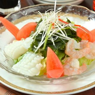 海鮮と旬のさっぱりサラダ