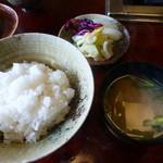 松阪 海津 - 〆はご飯と赤出汁