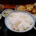 郷土料理と地酒のお店 稲穂 - とりの天ぷら