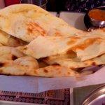 Indian Restaurant Shri Aruna - ナンのお代り 2枚分
