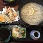 37033241 - 天ぷら釜揚げうどん 1400円なり、おお!美味しそうですね~!