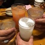 37035535 - 乾杯!