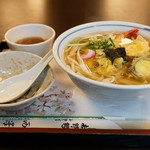 西澤屋 - 天ぷら葛うどん 850円